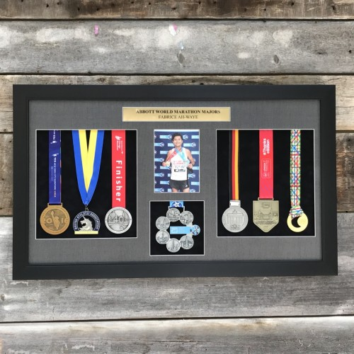 7 medals & photo frame